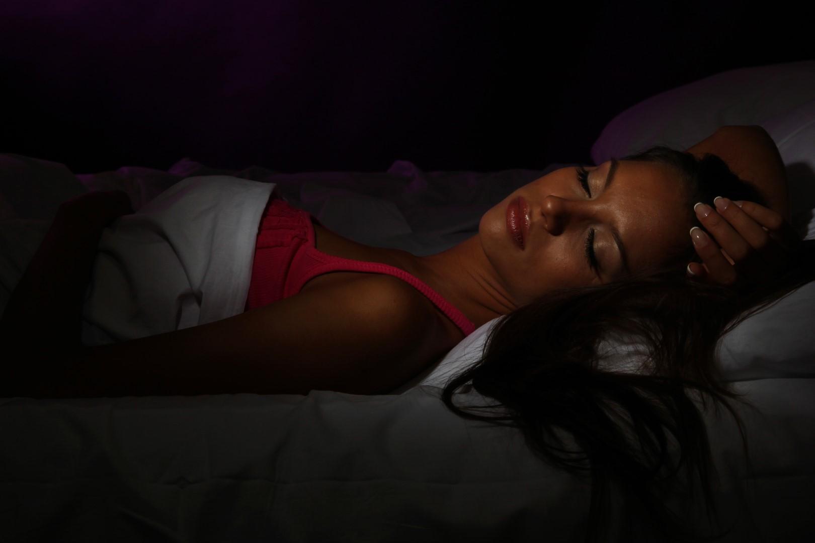 BEDD_Sleep Smart_DarkBedroom (Large)