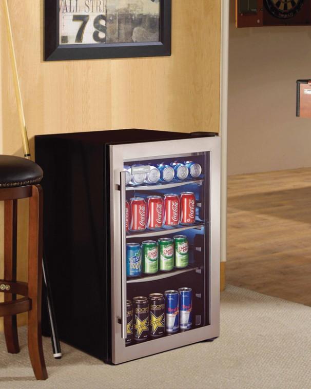 Centre de boissons pour 124 cannettes de Danby