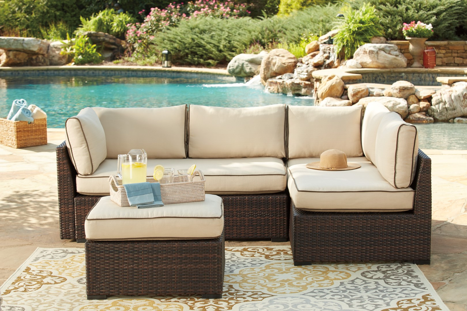 Ashley P300 Loughran Sectional
