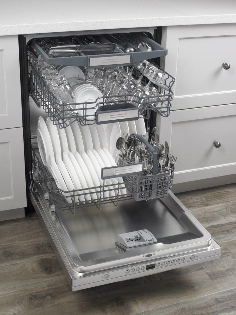 Dishwasher_loading