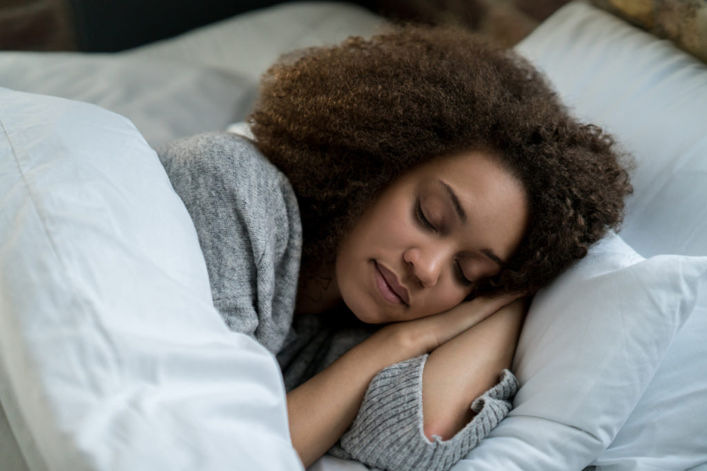 9 Ways to Fall Asleep Faster in Your Sealy Mattress
