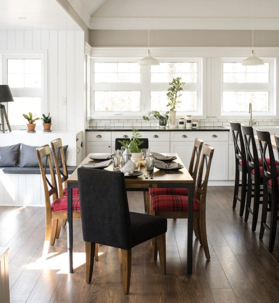 Canadel Eastside Dining Room Set_Small