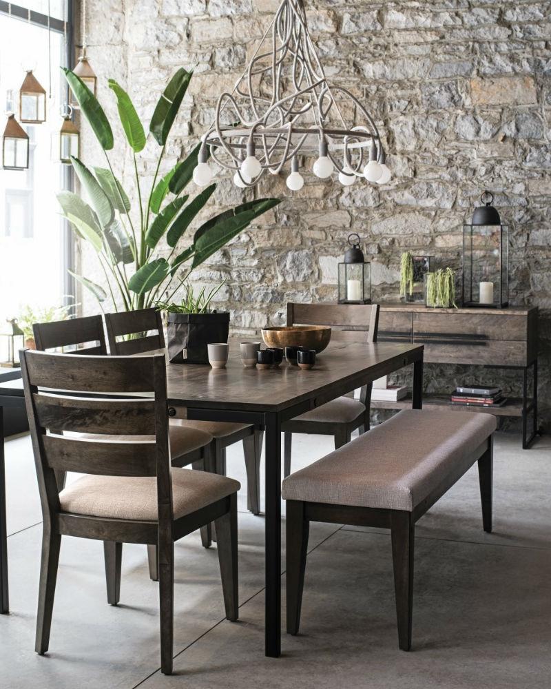 Canadel craftmanship_dining room set