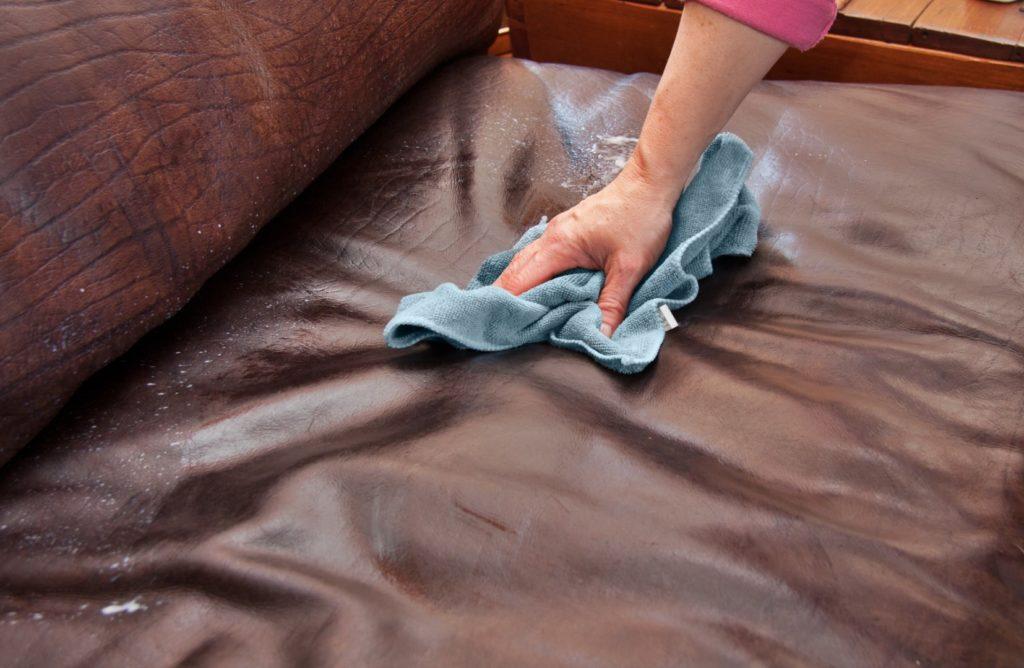 Comment préserver l'aspect neuf de votre canapé en cuir Palliser