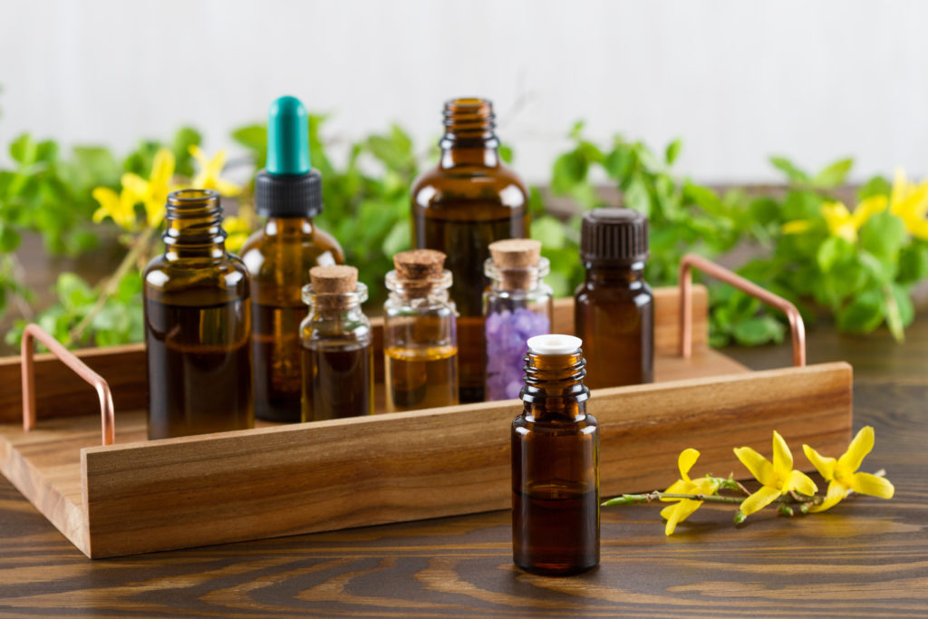 Aromatherapy Simple and Safe Solutions