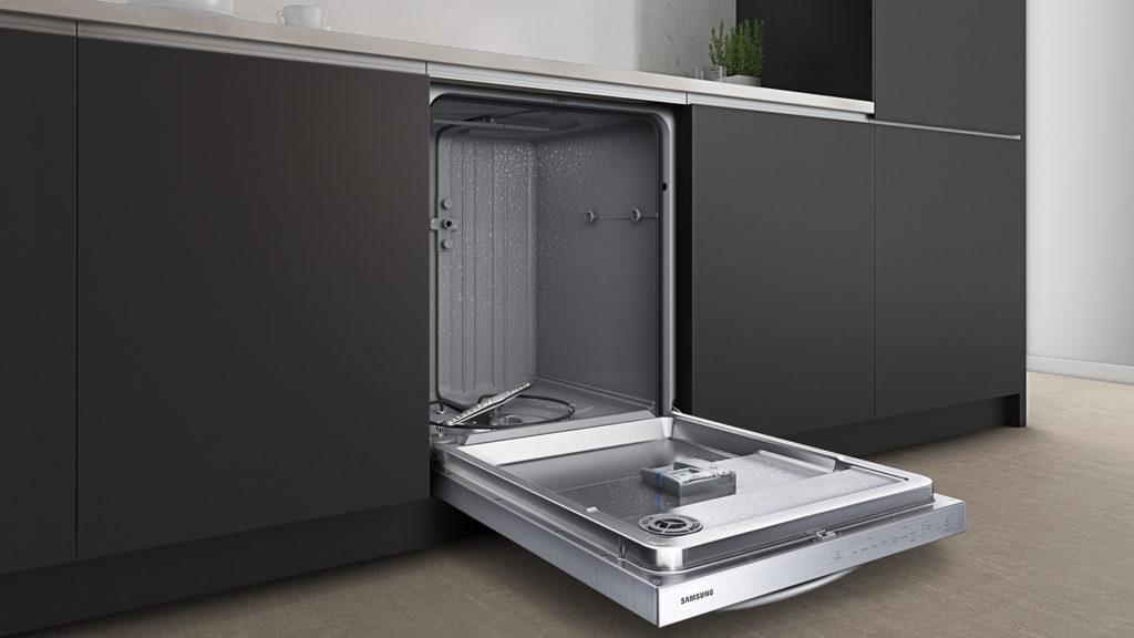 Lave-vaisselle à cuve hybride