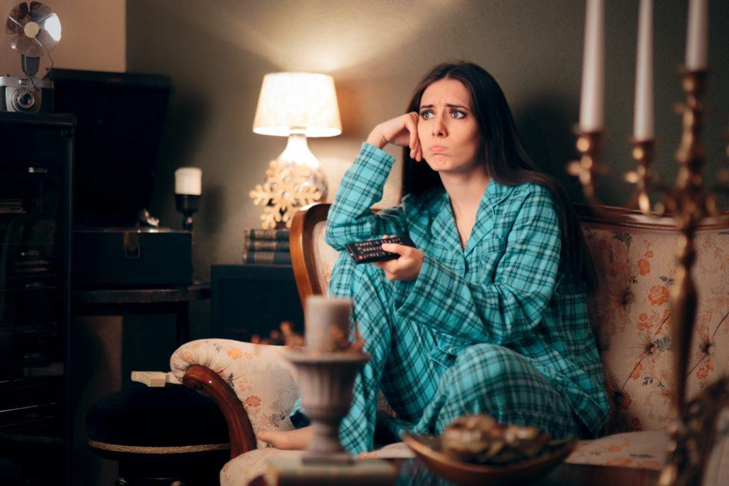 How binge watching affects your sleep (2)