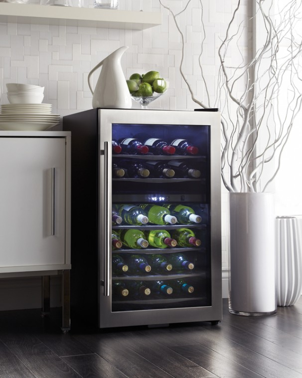 4 Reasons Why You Need a Danby Wine Fridge (2)