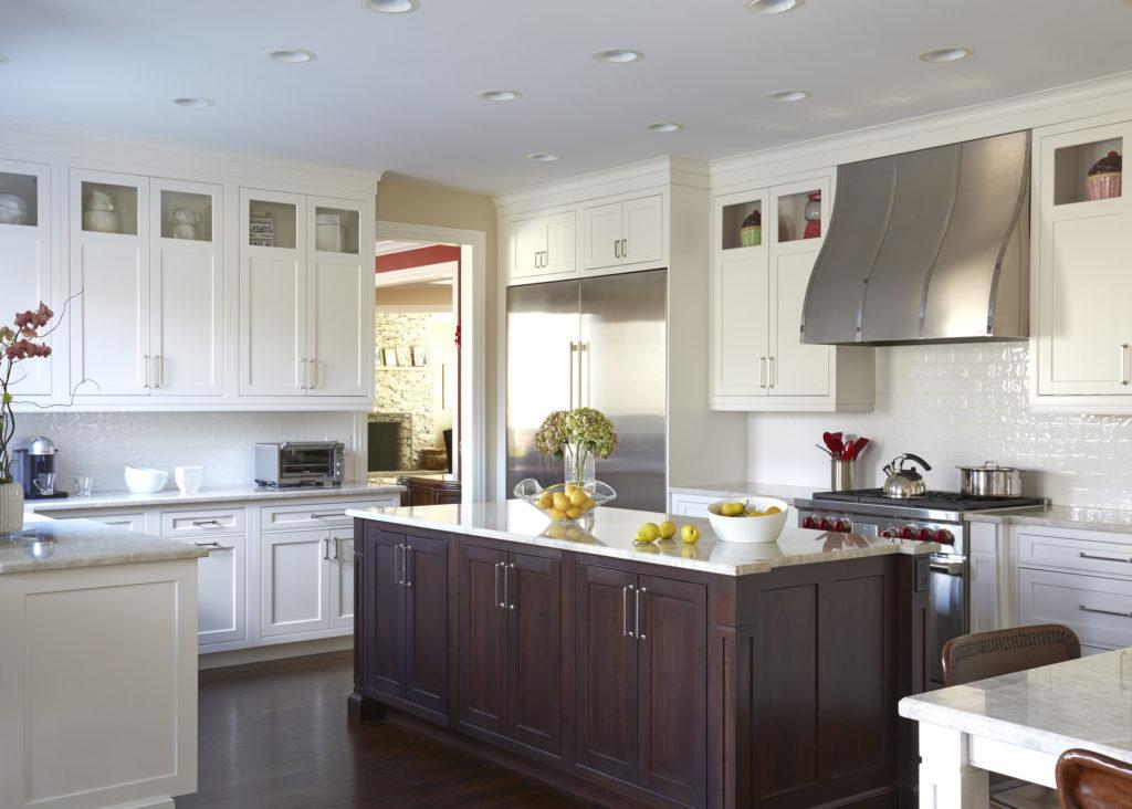 Transitional kitchen design with benjamin moore AF-690