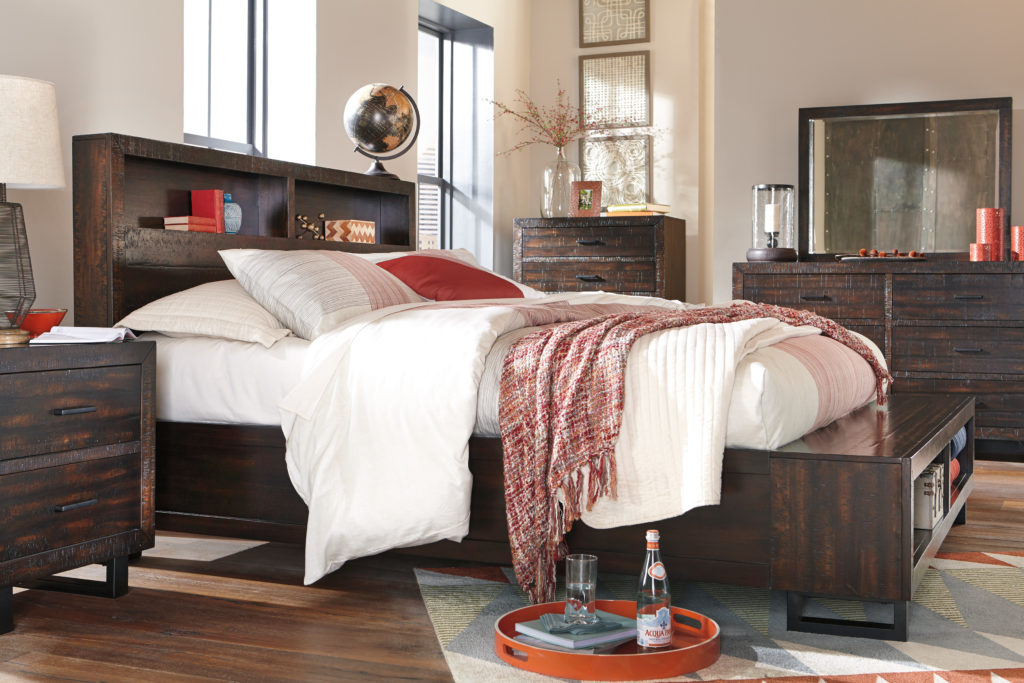 Bed with storage headboard and footboard B721