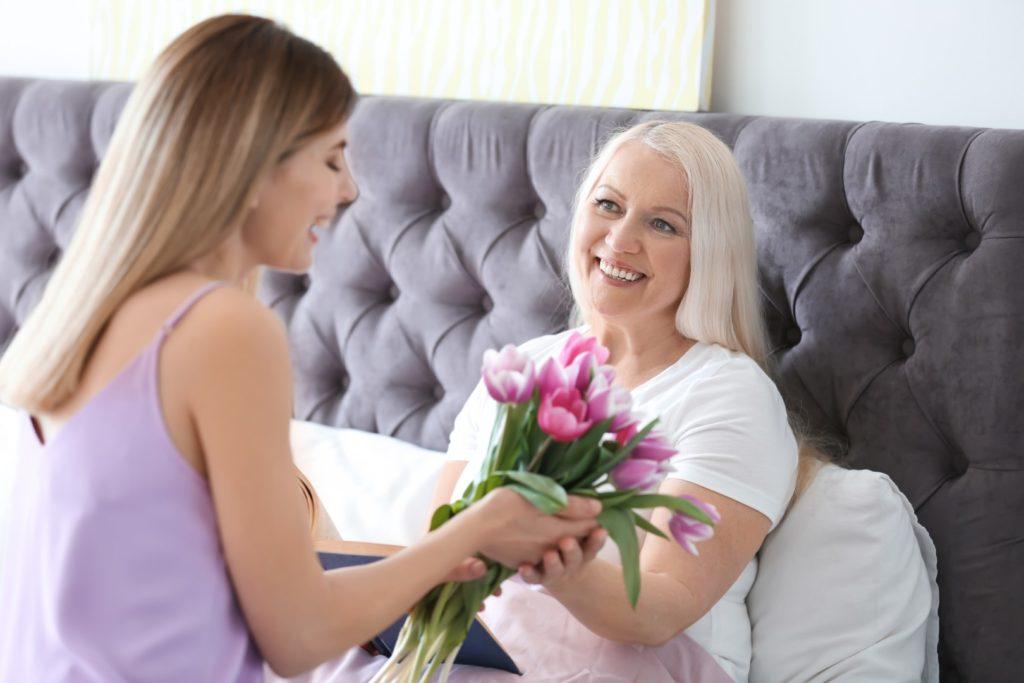 Fête des Mères 6 idées qui l'aideront à mieux dormir