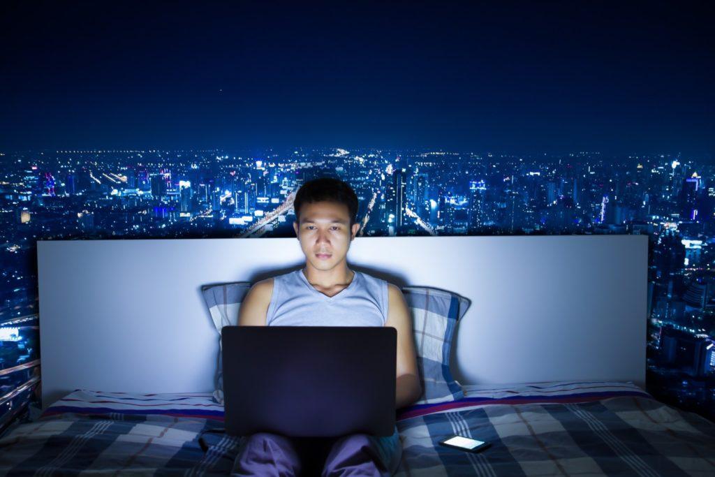 Comment la technologie affecte votre sommeil