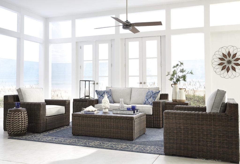 5 façons simples d'utliser des meubles et accessoires pour l'extérieur à l'intérieur