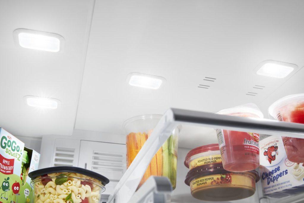 Refrigérateur Maytag avec éclairage DEL