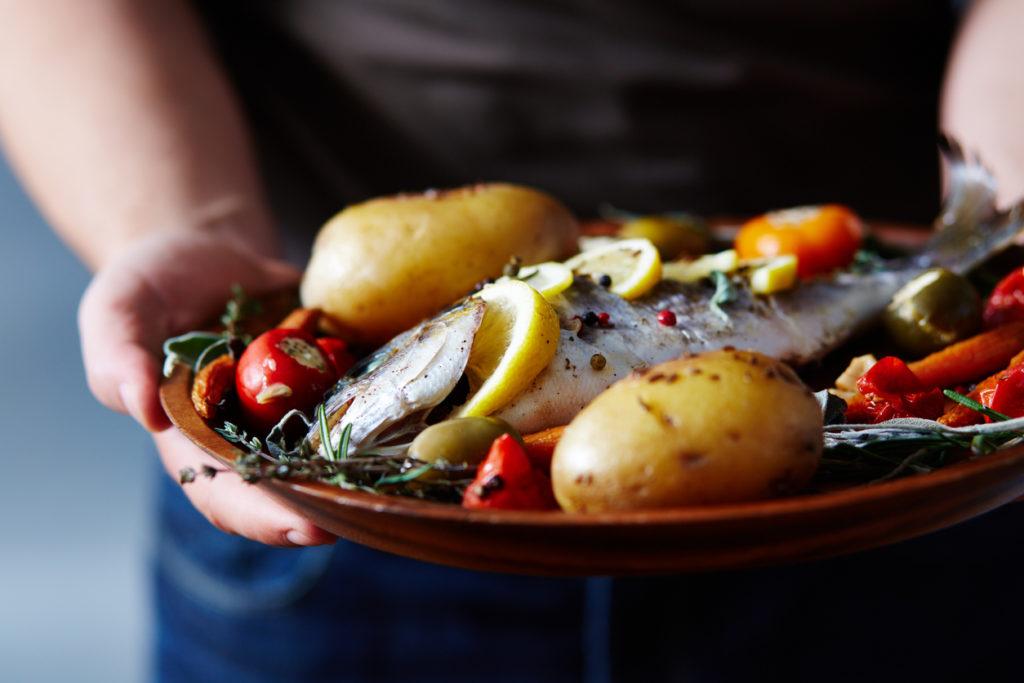 Un tiroir réchaud pour conserver les plats au chaud