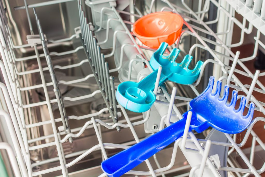 Cleaning Toys and Other Odds and Ends in Your Samsung Dishwasher