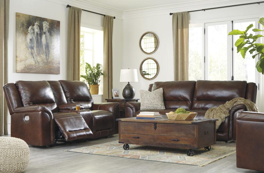 Rendez votre canapé en cuir Signature Design accueillant