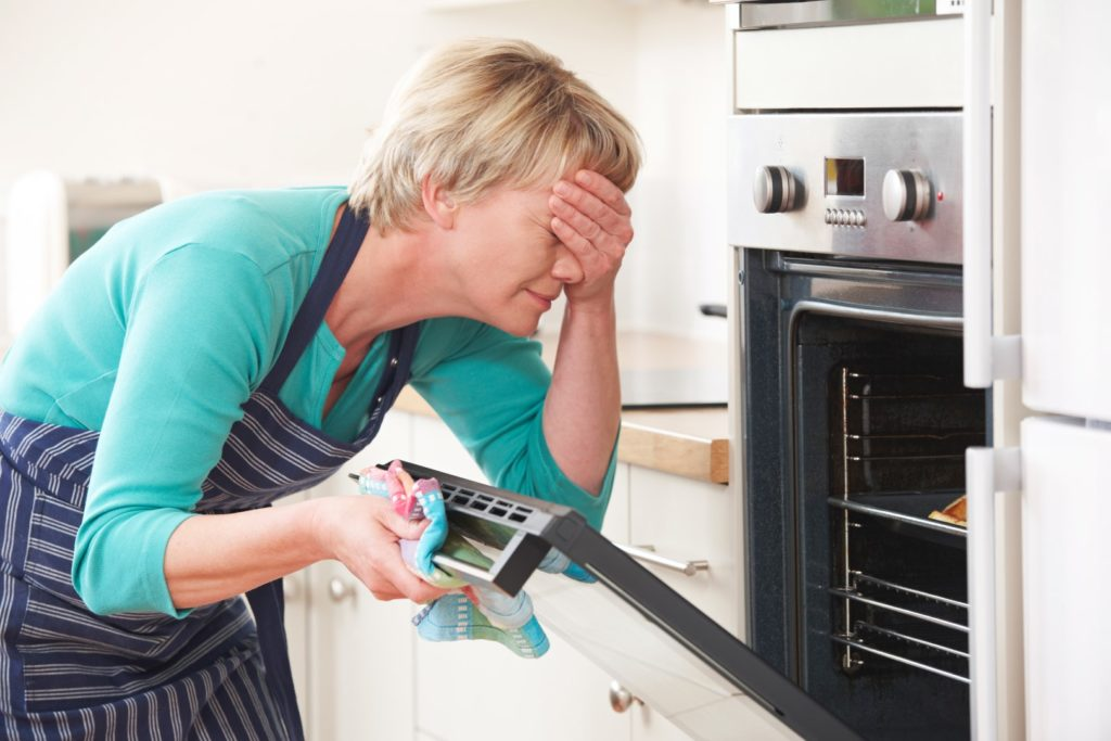 3 Oven Issues That Prove You Need a New One