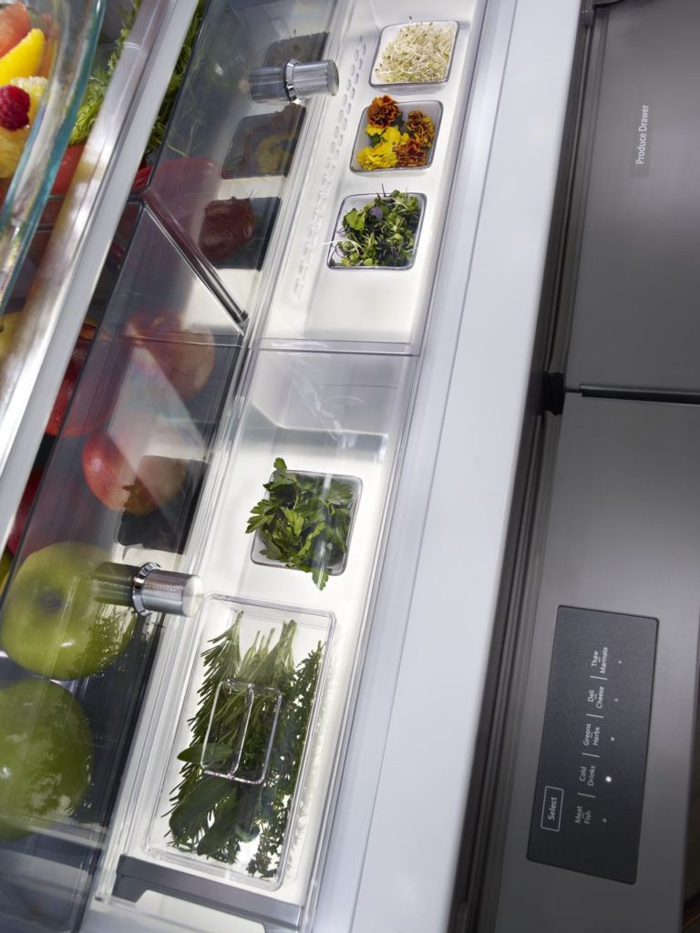 Herb storage in refrigerator