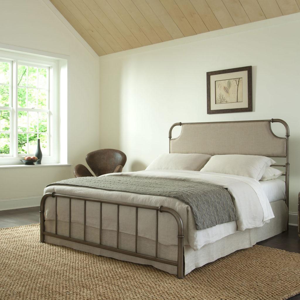 Chambre minimaliste par Ashley