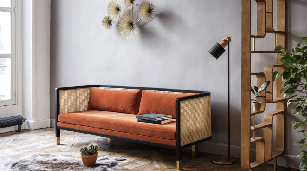 Sofa with vienna straw details by Rededition