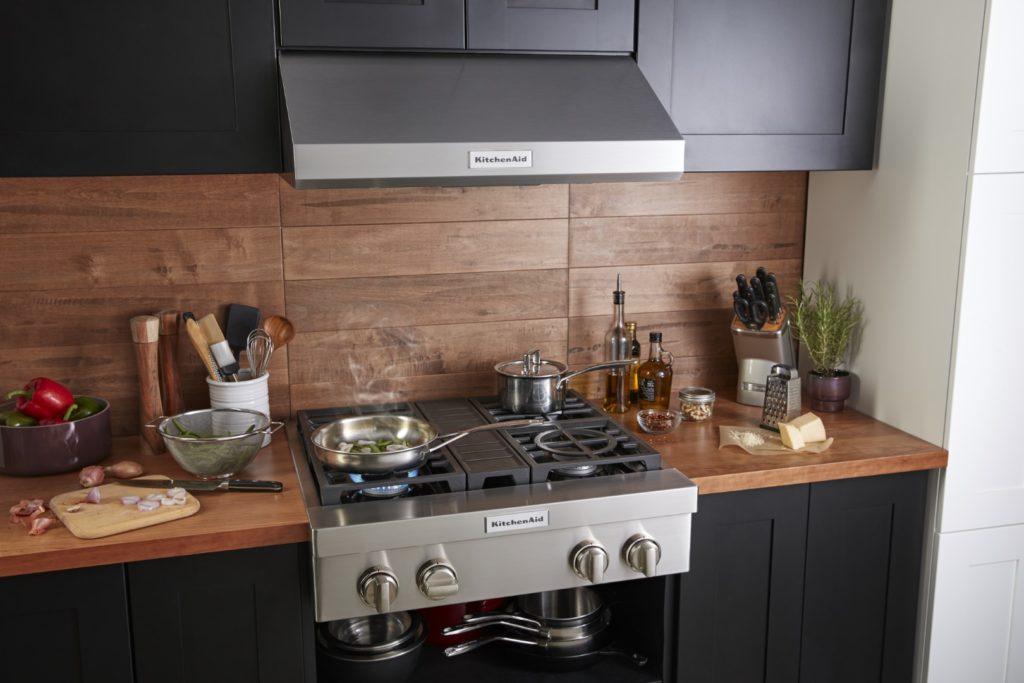 6 conseils pratiques pour garder votre cuisinière KitchenAid propre