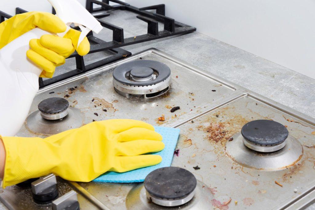 6 conseils pratiques pour garder votre cuisinière KitchenAid propre (2)