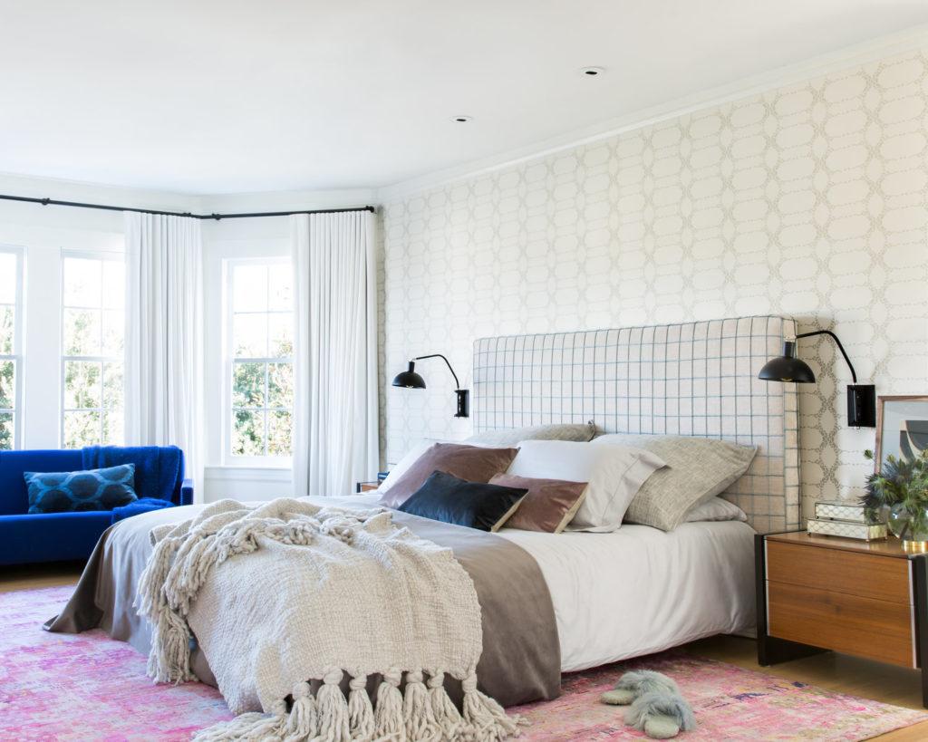 Beige bedroom decor