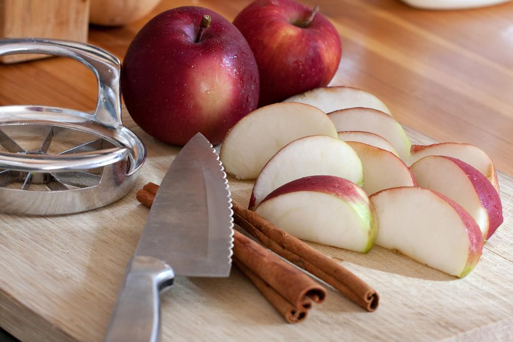Truc cuisine - quartier de pomme pour garder les biscuits frais